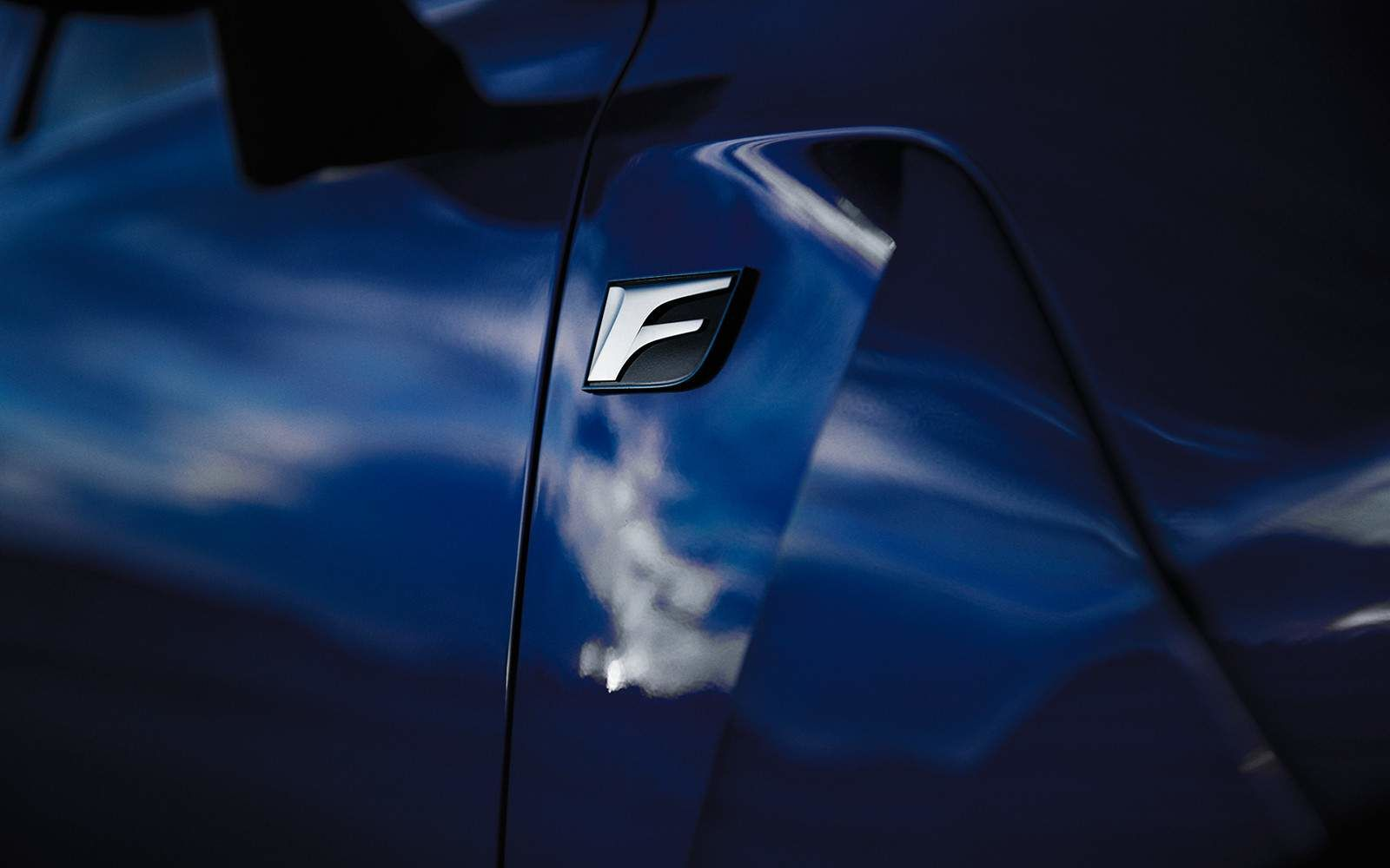 Lexus 2020 Gsf F Sport Badge L