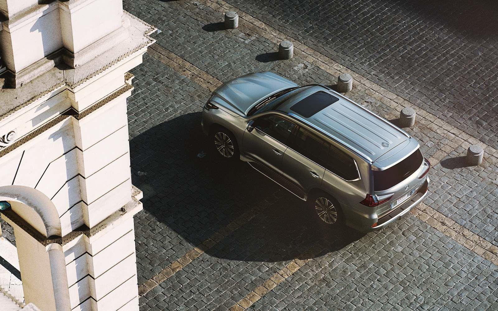 Lexus 2020 Lx 570 Atomic Silver Birdseye View L