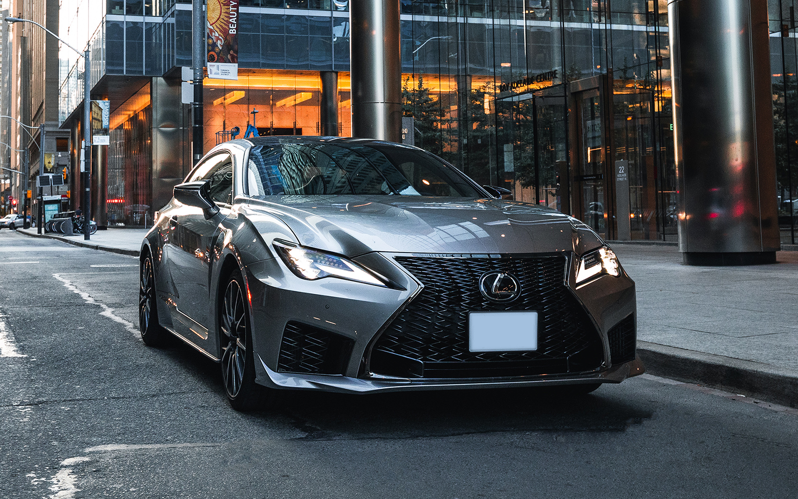 Lexus 2020 Rcf Atomic Silver Right 1 4 L