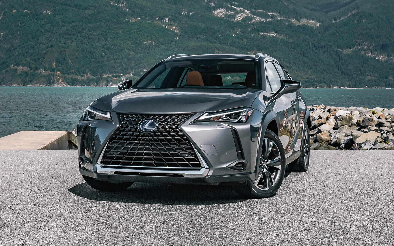 Lexus 2020 Ux 250h Awd Luxury Package L